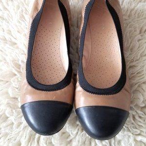 Rudsak black and tan flat shoes size 37 , 7